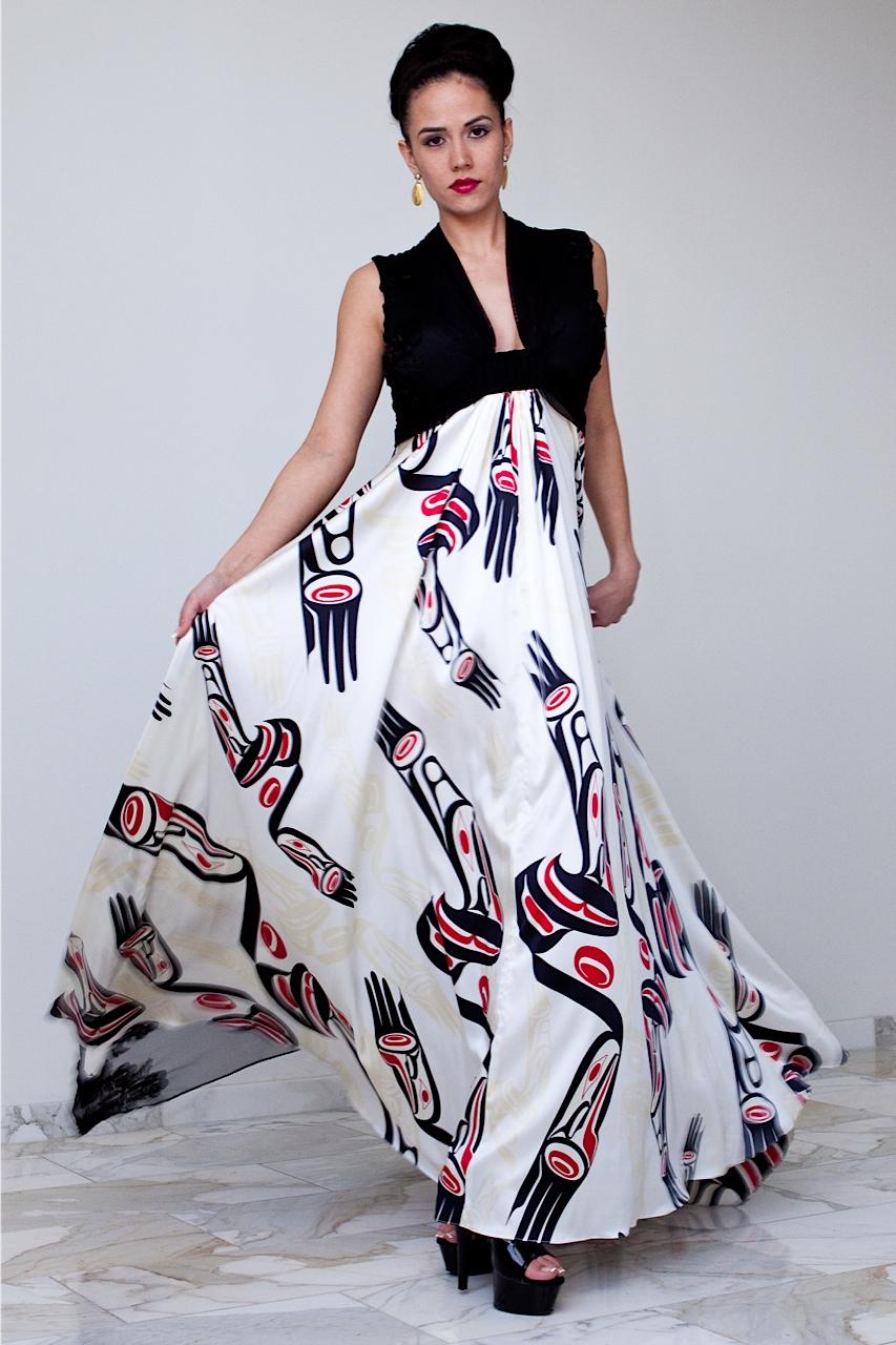 International designer dorothy grant who is kaigani haida from alaska