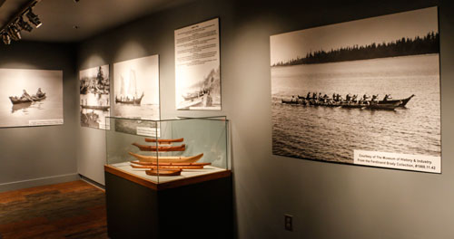 canoe-exhibit