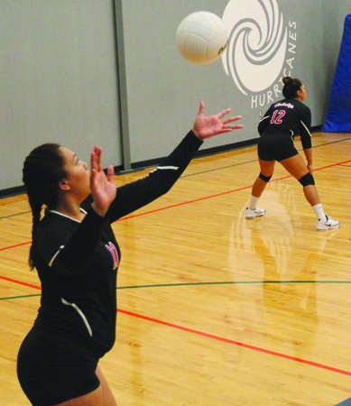 Hawks-volleyball3