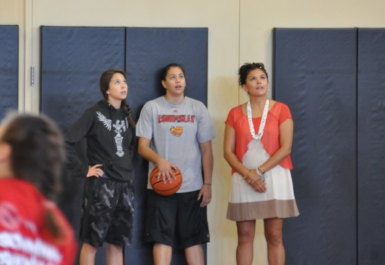 Schimmel Showtime event gave Tulalip youngsters to meet and learn from sisters Jude and Shoni, mom Ceci on far right.