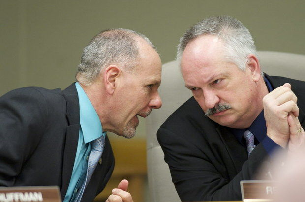 Rep. John Huffman, left, D-The Dalles, confers with Rep. Chris Gorsek, D-Troutdale, during a House Education committee meeting. A bill allowing some schools to keep Native American mascots drew strong emotions from Gorsek and Huffman Monday. (Michael Lloyd/The Oregonian )