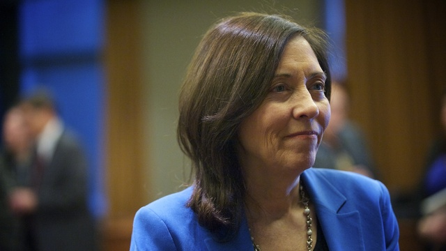 Sen. Maria Cantwell, D-Wash., visits with the public after she held a discussion about raising capital for small business at Vancouver City Hall on Wednesday. | credit: Zachary Kaufman/The Columbian | rollover image for more