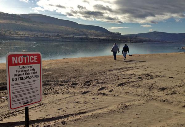 File photo. Sheriff's deputies, Grant County employees and state Fish and Wildlife officers are patrolling 80 miles of Columbia River shore.Anna King Northwest News Network