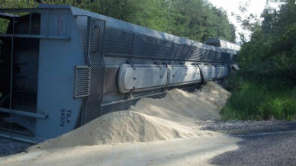 KXRO: If this grain were oil…. The third train-car derailment in as many weeks has Pacific Northwest tribes that oppose oil-rail transport on edge.