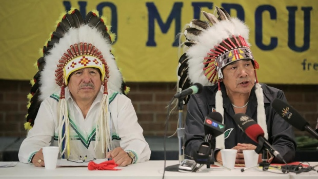 Ontario Regional Chief Stan Beardy and Grassy Narrows Chief Roger Fobister speak at a Toronto new conference on Monday. On Tuesday, Ontario chiefs said the provincial and federal governments haven't respected the agreements their ancestors signed more than a century ago, which give First Nations the right to assert jurisdiction over lands and resources. (Paul Borkwood/CBC)