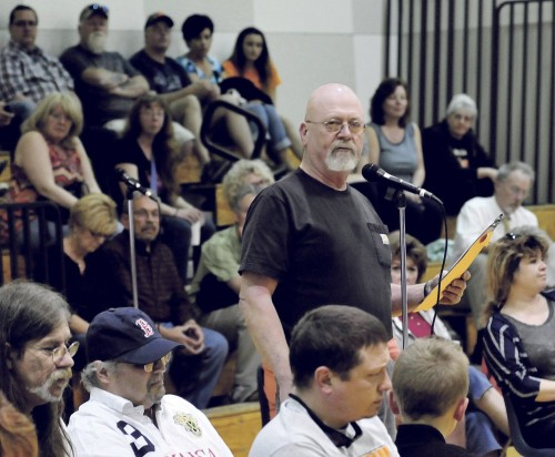 Harold Bigelow speaks in favor of keeping the use of the word Indian for SAD 54 sports teams. Bigelow and others spoke during a forum in Skowhegan on Monday. Staff photo by David Leaming